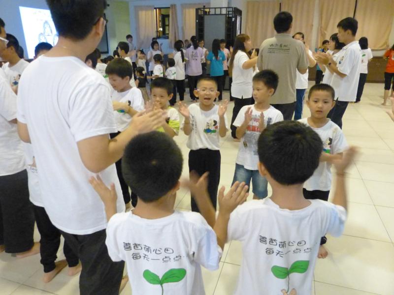 20140302兒童班手語歌唱一幕。