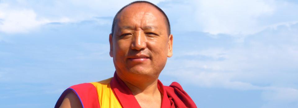 堪布蔣揚羅薩Khenpo Jamyang Lobshal
